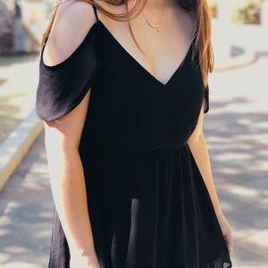 Ark & Co Off the Shoulder Black Dress NWT Sz Small